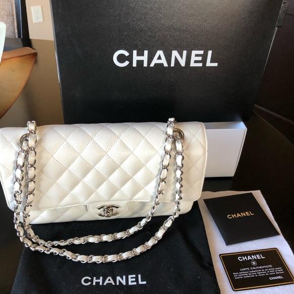 b38b23e099b3 CHANEL Handbags - CHANEL Classic Flap Handbag